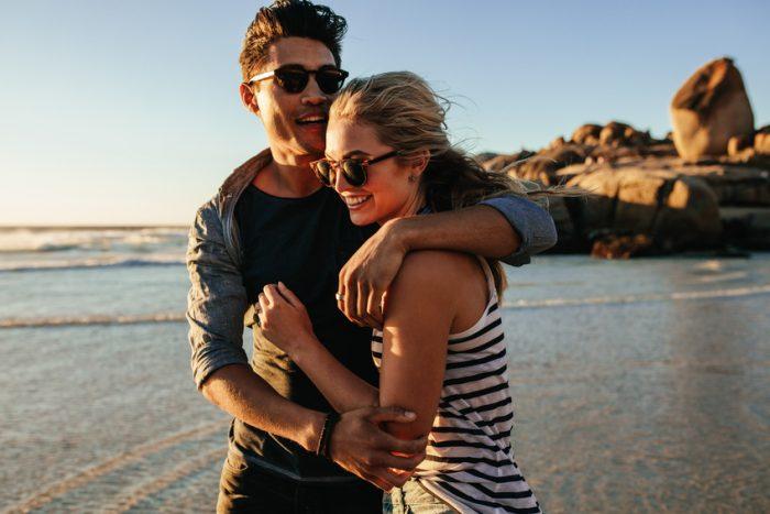 Beziehungs-Vorsätze: 7 Vorsätze für eure Liebe für das neue Jahr
