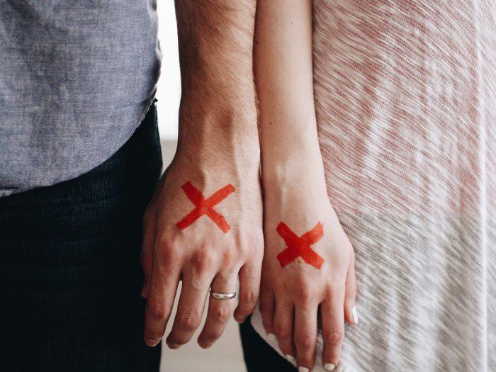 5 Anzeichen, dass dein Partner eure Trennung provoziert